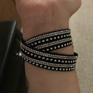 Premiere designs wrap around snap bracelet